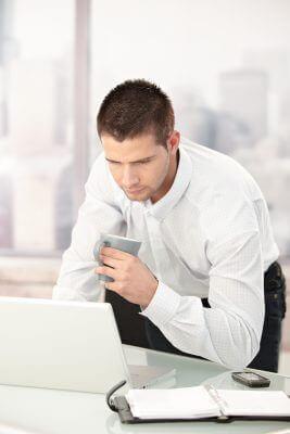 E lawyer el nuevo abogado online 2 0 legalbono for Modelo reclamacion clausula suelo banco popular